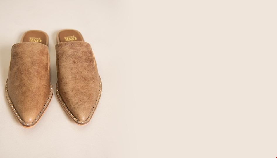 TAN PIXIE LOAFER