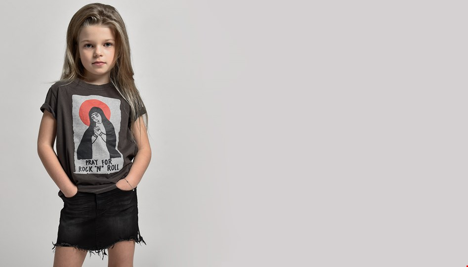 KIDS FADED GREY PRAY FOR ROCK N ROLL TEE