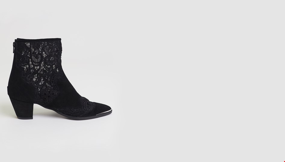 BLACK LACE SANDERSON BOOT